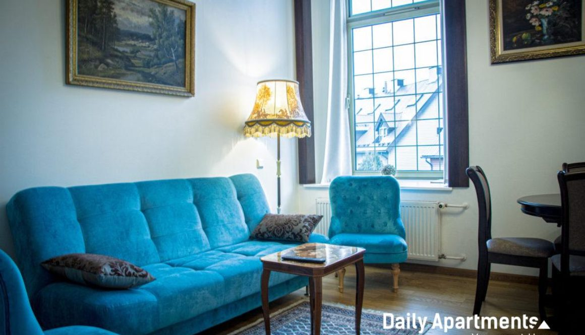 Daily Apartments at Ilmarine - Antique style loft - near the Old Town